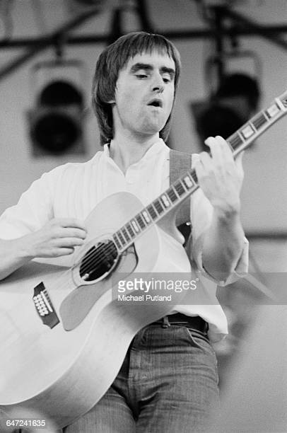 BritishIrish singersongwriter Chris de Burgh performing at the Dr Pepper Central Park Music Festival at Wollman Rink in Central Park New York City...