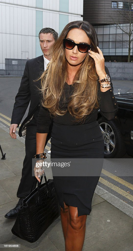 BritishTV presenter and socialite Tamara Ecclestone arrives at Southwark Crown Court in London, on February 18, 2013. Derek Rose and Jakir Uddin (not pictured) are accused of blackmailing Tamara Ecclestone, daughter of Bernie Ecclestone, President of Formula One Management. AFP PHOTO / JUSTIN TALLIS