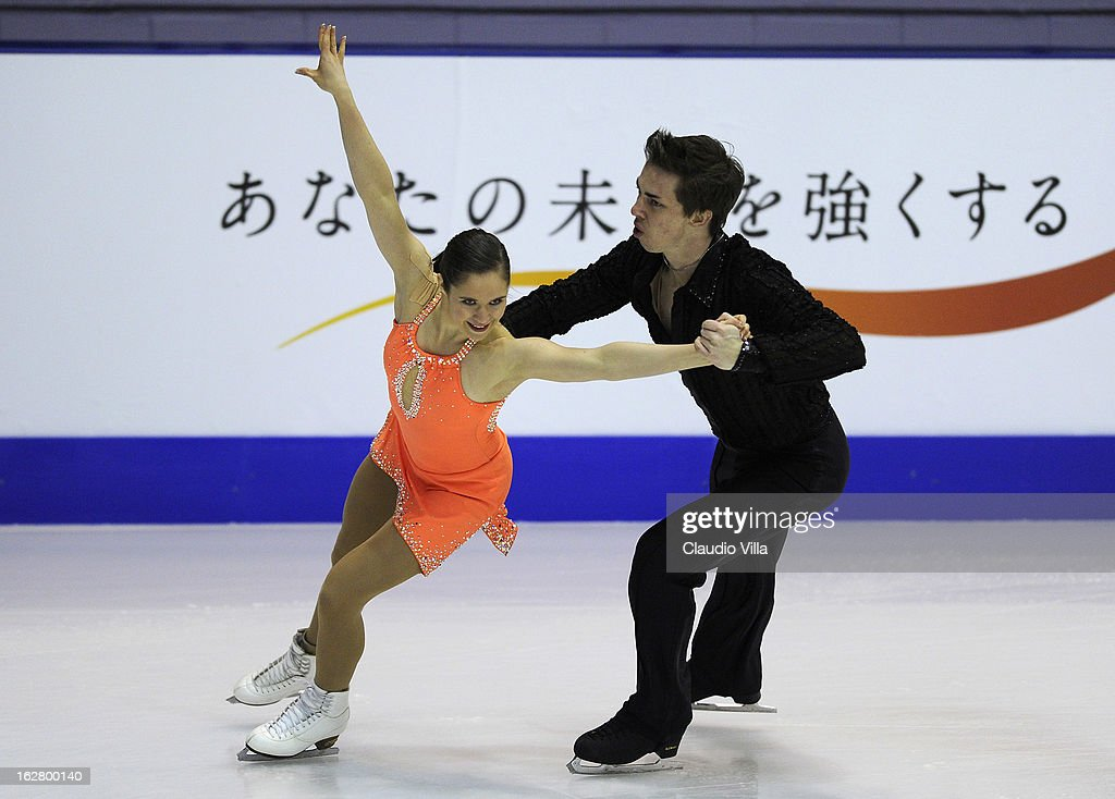Britney Simpson and Matthew Blackmer of USA skate in the Pairs Short Program during day 3 of the ISU World Junior Figure Skating Championships at Agora Arena on February 27, 2013 in Milan, Italy.