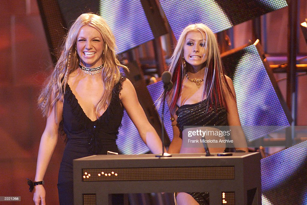 Britney Spears (left) and Christina Aguilera at the 2000 MTV Video Music Awards at Radio City Music Hall in new York City, 9/7/00.