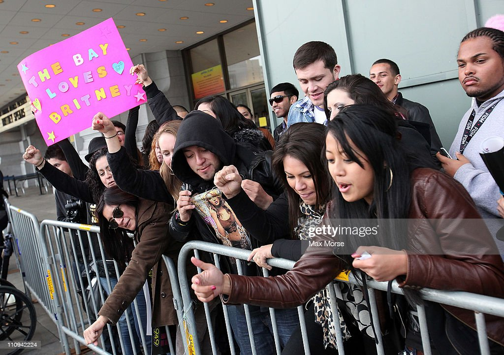 Britney Spears fans attend 'Good Morning America's' Taping Performance At Bill Graham Civic Auditorium on March 27, 2011 in San Francisco, California.