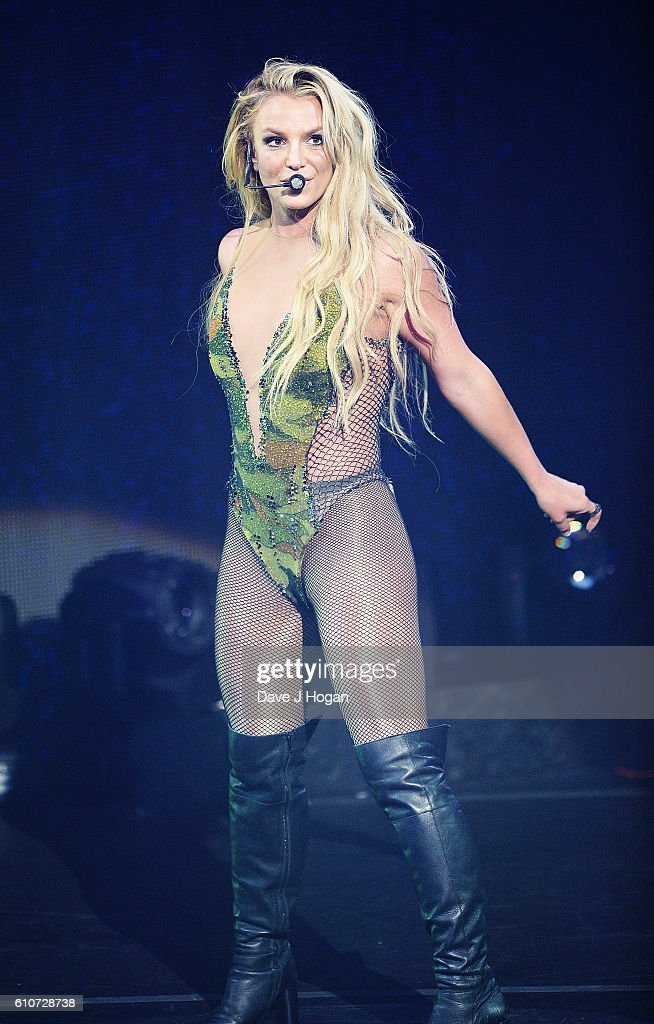Britney Spears Performs At The Apple Music Festival : News Photo