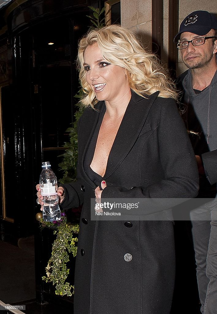 <a gi-track='captionPersonalityLinkClicked' href=/galleries/search?phrase=Britney+Spears&family=editorial&specificpeople=156415 ng-click='$event.stopPropagation()'>Britney Spears</a> sighted leaving the Dorchester Hotel, Park Lane on October 16, 2013 in London, England.