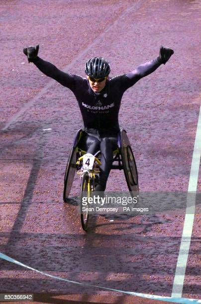 Briton Kevin Papworth wins the London wheelchair marathon The Florasponsored event attracted 32620 registered runners most of whom were just hoping...