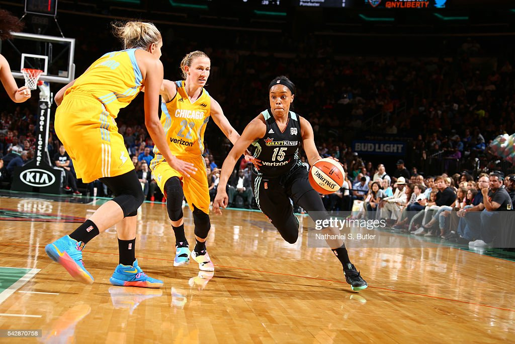 Brittany Boyd #15 of the New York Liberty drives to the basket against the Chicago Sky on June 24, 2016 at Madison Square Garden in New York, New York.