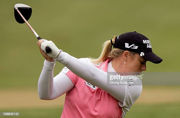 Brittany Lincicome of United States plays a shot on the 4th hole during the final round of the Mizuno Classic at Kintetsu Kashikojima Country Club on...