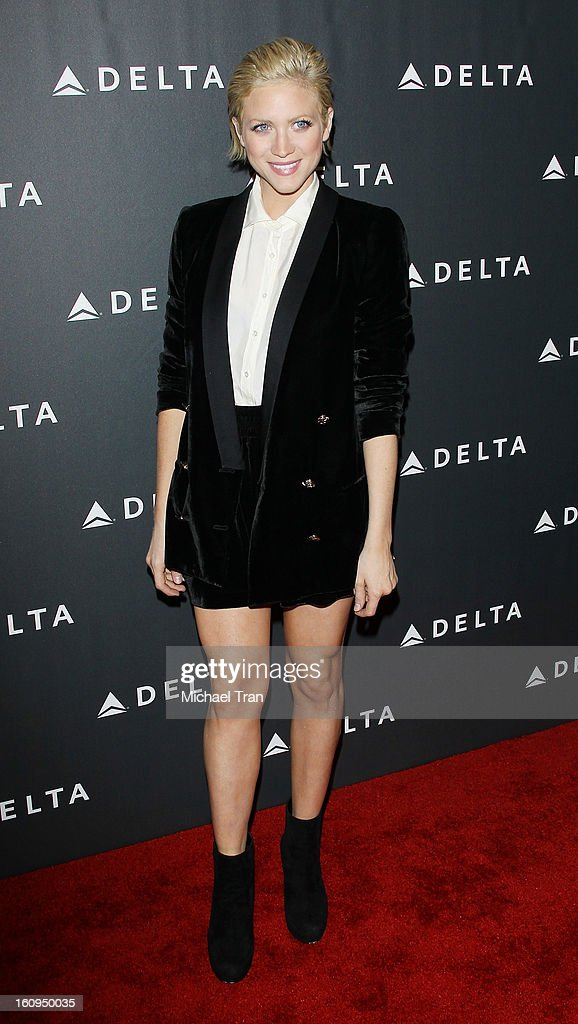 <a gi-track='captionPersonalityLinkClicked' href=/galleries/search?phrase=Brittany+Snow&family=editorial&specificpeople=206624 ng-click='$event.stopPropagation()'>Brittany Snow</a> arrives at Delta Air Lines celebrates the GRAMMY Awards held at The Getty House on February 7, 2013 in Los Angeles, California.