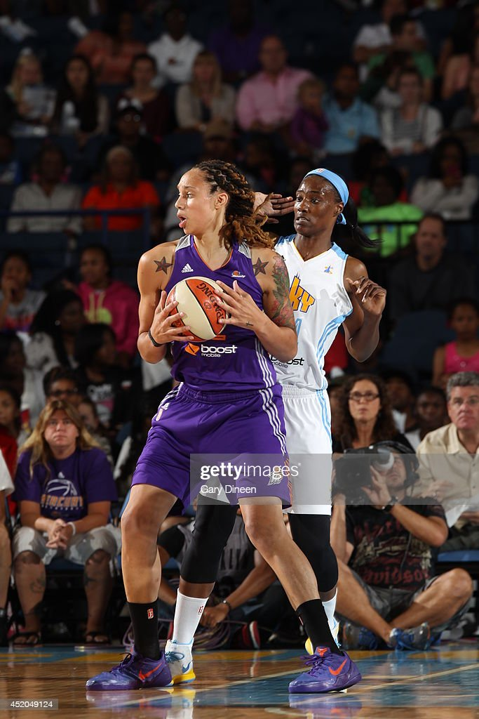 <a gi-track='captionPersonalityLinkClicked' href=/galleries/search?phrase=Brittney+Griner&family=editorial&specificpeople=6836945 ng-click='$event.stopPropagation()'>Brittney Griner</a> #42 of the Phoenix Mercury looks to pass the ball against the Chicago Sky on July 11, 2014 at the Allstate Arena in Rosemont, Illinois.
