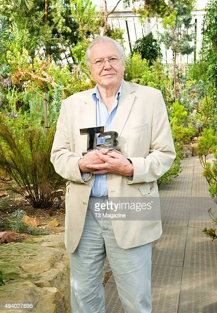 Broadcaster and naturalist Sir David Attenborough receiving the T3 Magazine Outstanding Contribution to Technology award in London's Kew Gardens on...