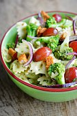 Broccoli Pasta Salad with grapes and spicy Tofu pieces
