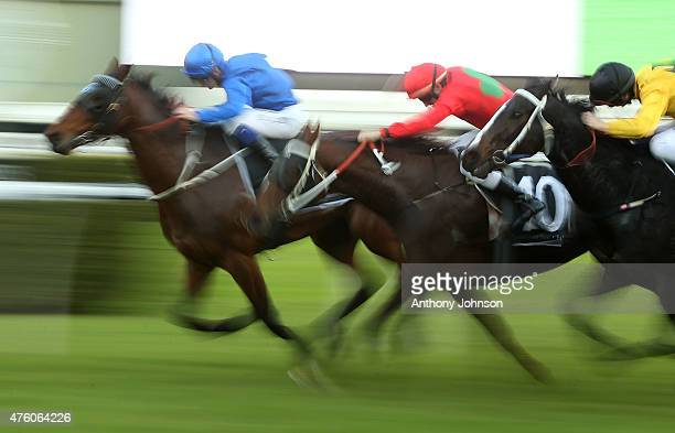 Brodie Loy rides Transfers to win race 8 The Eastern Heart Clinic Handicap during Sydney Racing at Royal Randwick Racecourse on June 6 2015 in Sydney...