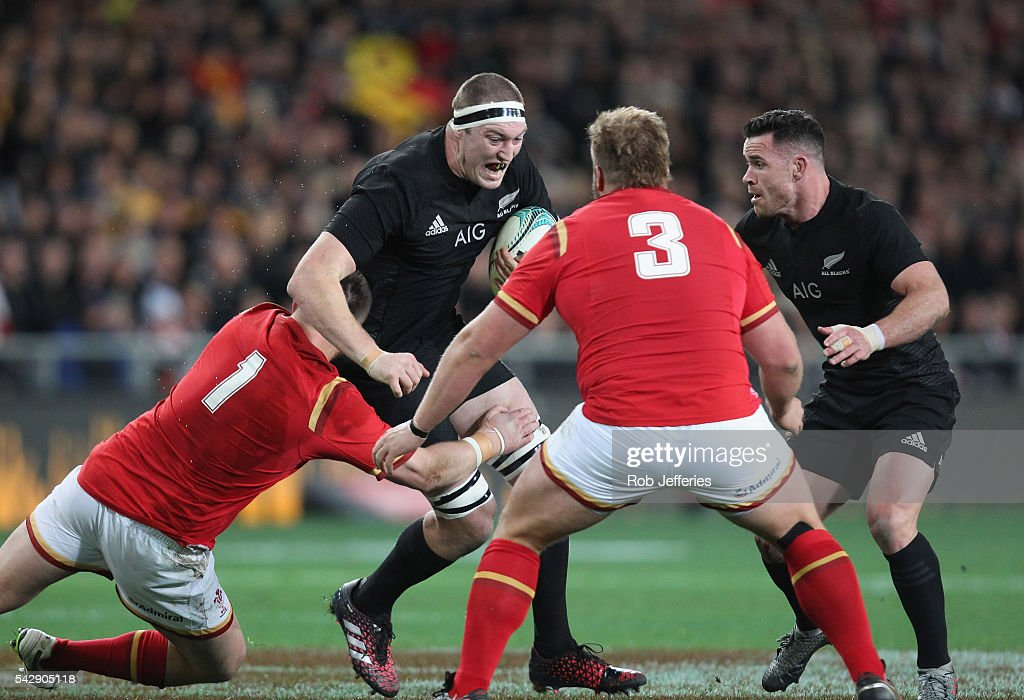 <a gi-track='captionPersonalityLinkClicked' href=/galleries/search?phrase=Brodie+Retallick&family=editorial&specificpeople=7864021 ng-click='$event.stopPropagation()'>Brodie Retallick</a> of New Zealand on the charge during the International Test match between the New Zealand All Blacks and Wales at Forsyth Barr Stadium on June 25, 2016 in Dunedin, New Zealand.