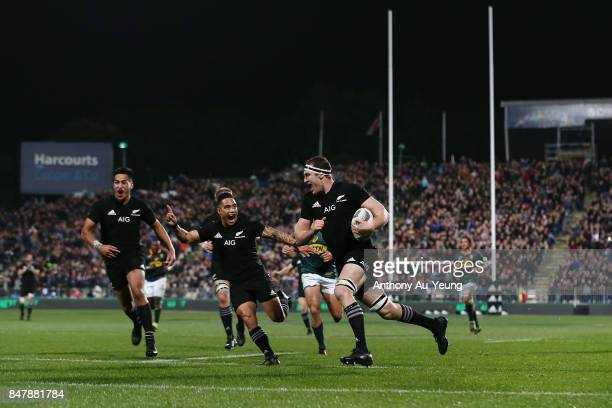 Brodie Retallick of the All Blacks runs in a try during the Rugby Championship match between the New Zealand All Blacks and the South African...