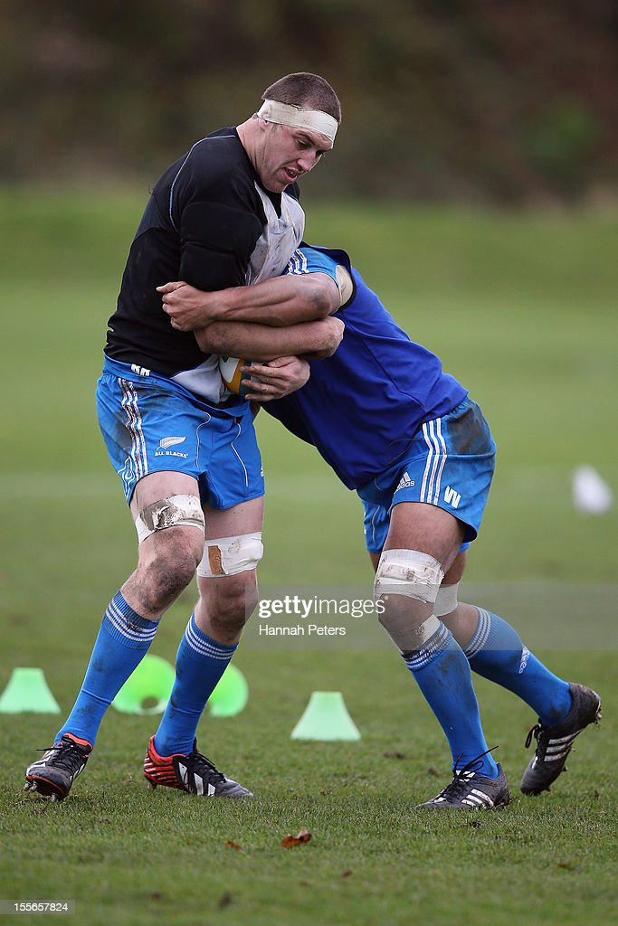 <a gi-track='captionPersonalityLinkClicked' href=/galleries/search?phrase=Brodie+Retallick&family=editorial&specificpeople=7864021 ng-click='$event.stopPropagation()'>Brodie Retallick</a> of the All Blacks runs through drills during a training session at Peffermill University on November 6, 2012 in Edinburgh, Scotland.