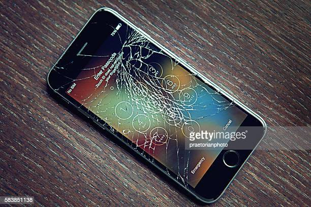Broken Iphone 6