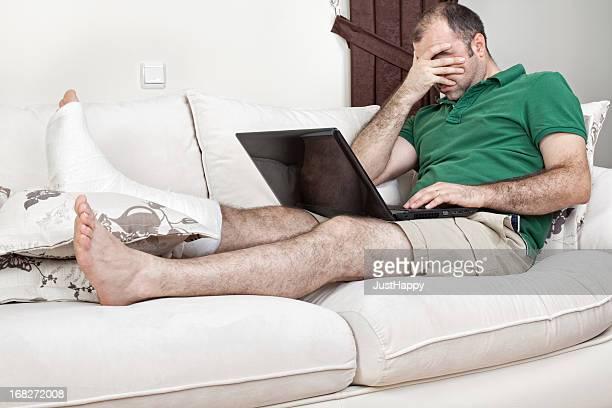 Gebrochenes Bein und Arbeiten im Home Office