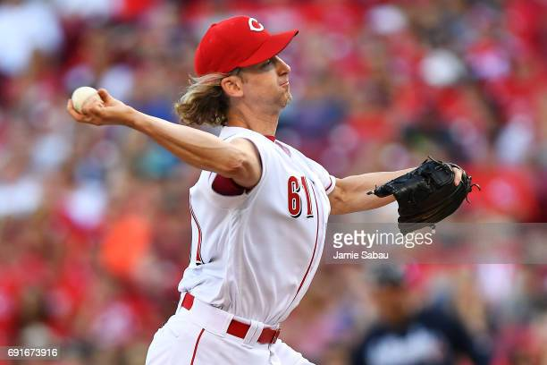 Bronson Arroyo of the Cincinnati Reds pitches in the second inning against the Atlanta Braves at Great American Ball Park on June 2 2017 in...