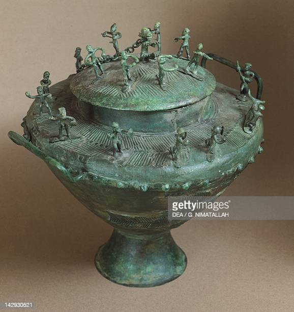 Bronze amphora Etruscan civilization 8th Century BC Rome Museo Nazionale Etrusco Di Villa Giulia
