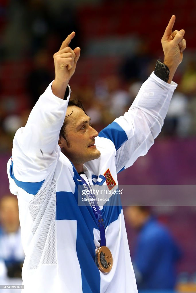 Bronze medalist Teemu Selanne #8 of Finland celebrates after defeating the United States 5-0 during the Men's Ice Hockey Bronze Medal Game on Day 15 of the 2014 Sochi Winter Olympics at Bolshoy Ice Dome on February 22, 2014 in Sochi, Russia.