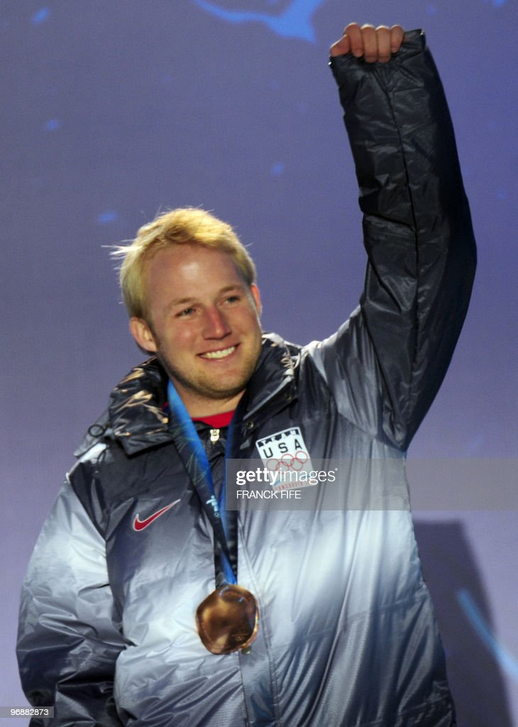 US bronze medallist Andrew Weibrecht salutes the crowd during the medal ceremony for the Alpine skiing Men's Super-G event of the Vancouver 2010 Winter Olympics at Whistler Medal Plaza venue on February 19, 2010 in Whistler.