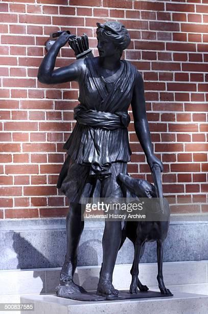 Bronze sculpture of Diana the huntress by Francesco Righetti Atrium courtyard of the Rijks museum Amsterdam Netherlands