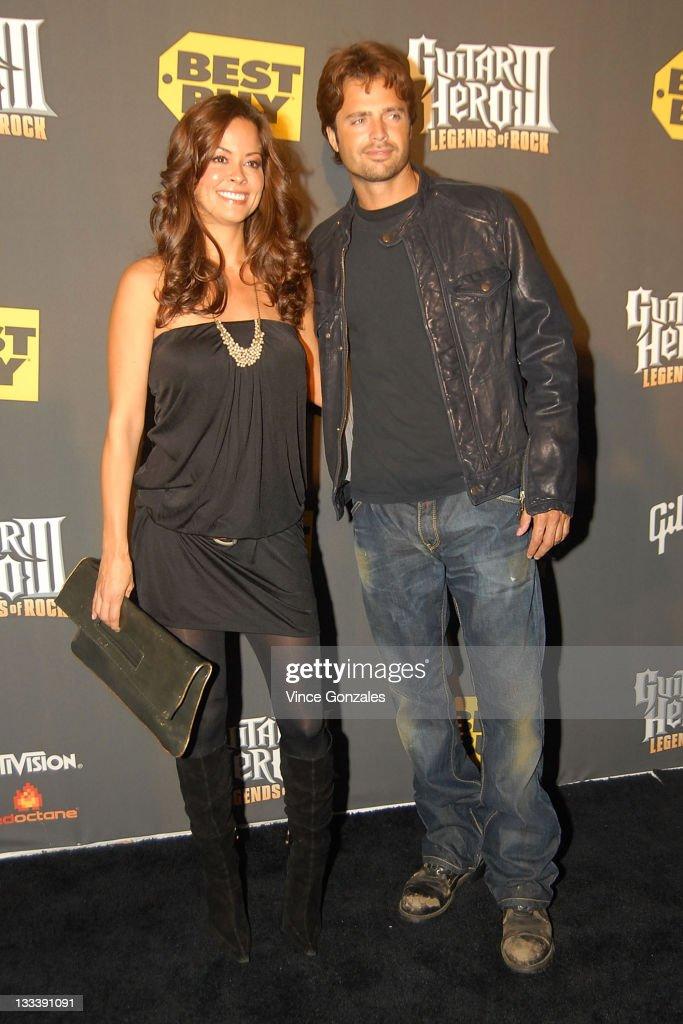 Brooke Burke David Charvet attend Guitar Hero III Halloween launch party at Best Buy Red Carpet