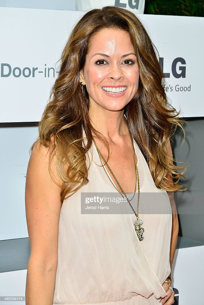 <a gi-track='captionPersonalityLinkClicked' href=/galleries/search?phrase=Brooke+Burke&family=editorial&specificpeople=203216 ng-click='$event.stopPropagation()'>Brooke Burke</a>-Charvet attends LG and Chef Sandra Lee Host LG Junior Chef Academy to celebrate the launch of the Door-in-Door Refrigerator with CustomChill, Benefiting No Kid Hungry at The Washbow on July 15, 2014 in Culver City, California.