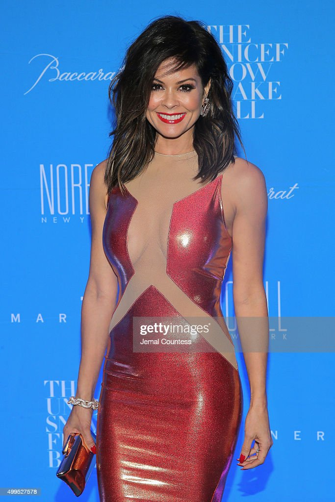 Brooke Burke-Charvet attends the 11th Annual UNICEF Snowflake Ball Honoring Orlando Bloom, Mindy Grossman And Edward G. Lloyd at Cipriani, Wall Street on December 1, 2015 in New York City.