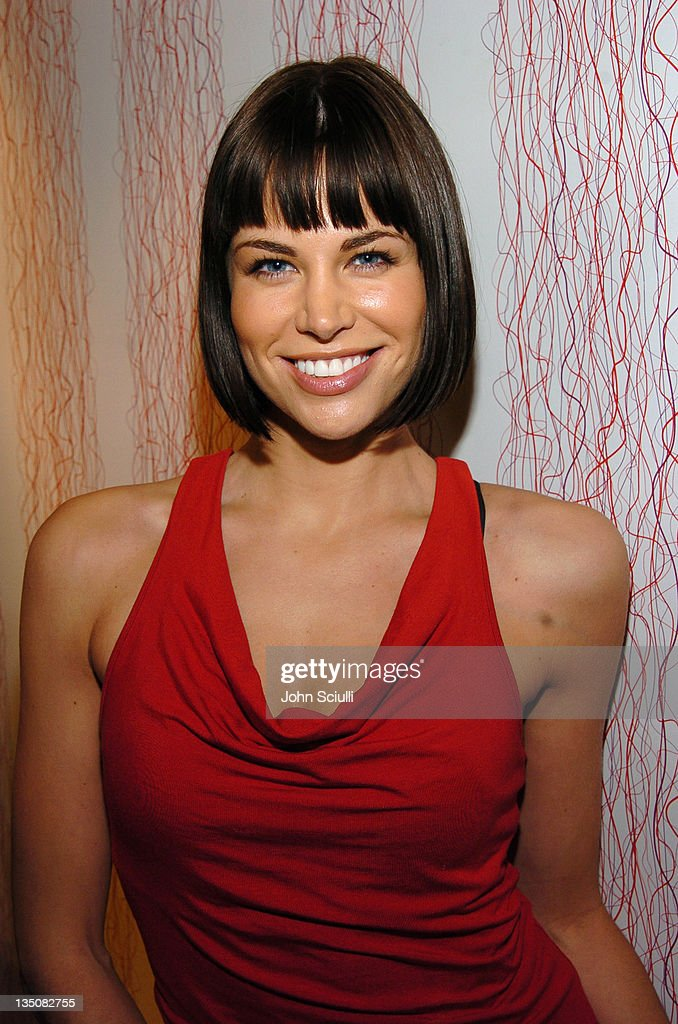 how tall is brooke burns