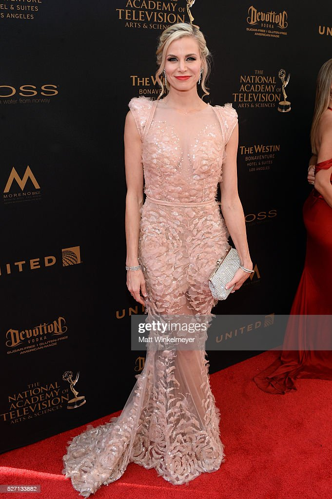 <a gi-track='captionPersonalityLinkClicked' href=/galleries/search?phrase=Brooke+Burns&family=editorial&specificpeople=202626 ng-click='$event.stopPropagation()'>Brooke Burns</a> walks the red carpet at the 43rd Annual Daytime Emmy Awards at the Westin Bonaventure Hotel on May 1, 2016 in Los Angeles, California.