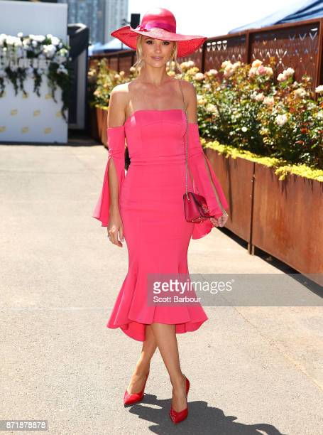 Brooke Hogan attends on Oaks Day at Flemington Racecourse on November 9 2017 in Melbourne Australia