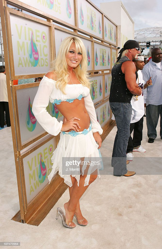<a gi-track='captionPersonalityLinkClicked' href=/galleries/search?phrase=Brooke+Hogan&family=editorial&specificpeople=206443 ng-click='$event.stopPropagation()'>Brooke Hogan</a> during 2005 MTV Video Music Awards - MTV News Platform Arrivals at American Airlines Arena in Miami, Florida, United States.