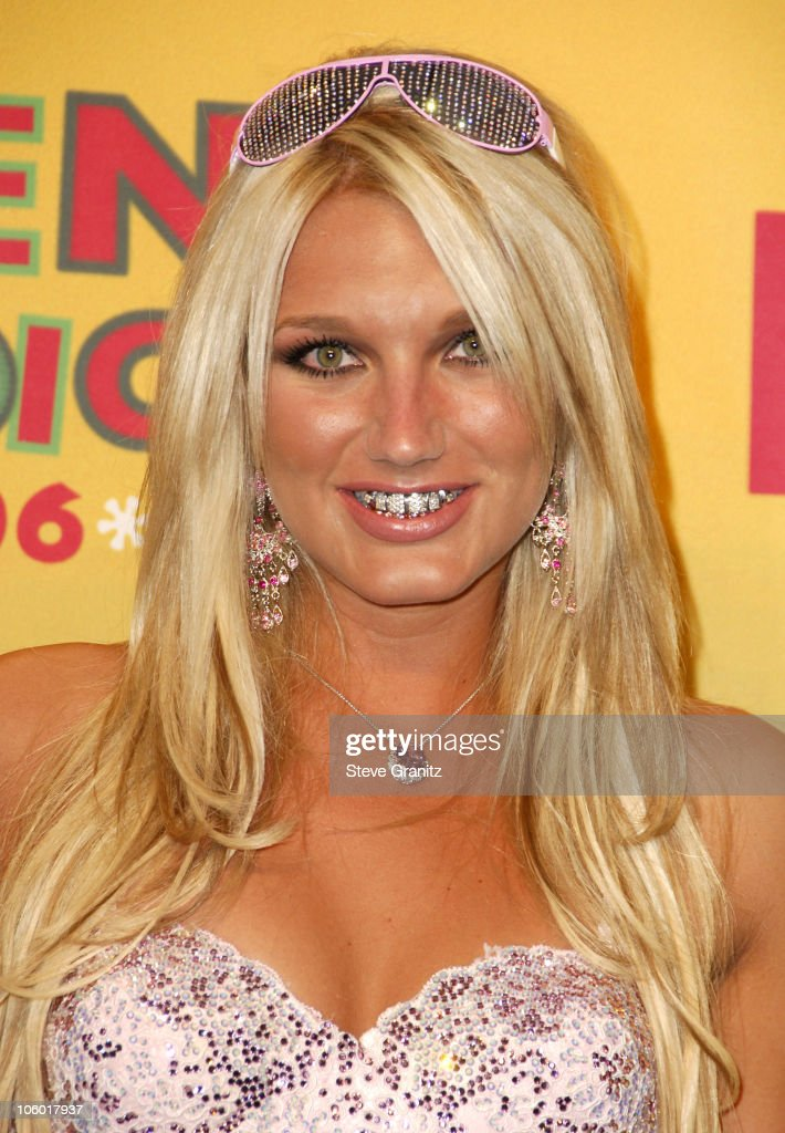 Brooke Hogan, winner Best Grill during 2006 Teen Choice Awards - Press Room at Gibson Ampitheatre in Universal City, California, United States.