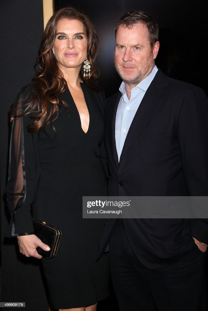 <a gi-track='captionPersonalityLinkClicked' href=/galleries/search?phrase=Brooke+Shields&family=editorial&specificpeople=202197 ng-click='$event.stopPropagation()'>Brooke Shields</a> and <a gi-track='captionPersonalityLinkClicked' href=/galleries/search?phrase=Chris+Henchy&family=editorial&specificpeople=220228 ng-click='$event.stopPropagation()'>Chris Henchy</a> attend the 'Anchorman 2: The Legend Continues' U.S. premiere at Beacon Theatre on December 15, 2013 in New York City.
