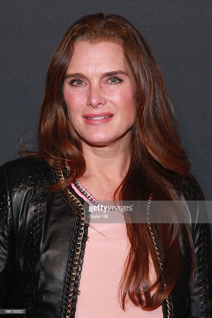 <a gi-track='captionPersonalityLinkClicked' href=/galleries/search?phrase=Brooke+Shields&family=editorial&specificpeople=202197 ng-click='$event.stopPropagation()'>Brooke Shields</a> arrives at MasterCard Priceless Premieres presents Justin Timberlake at Roseland Ballroom on May 5, 2013 in New York City.