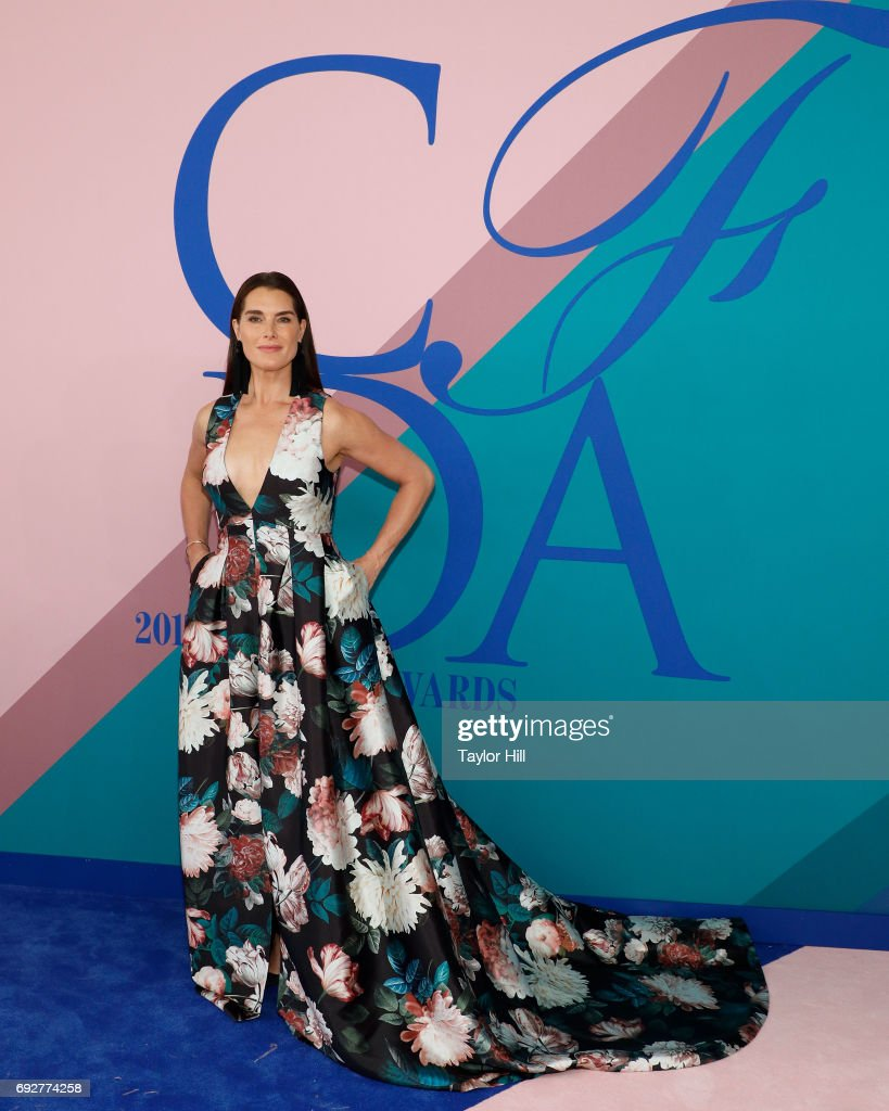 Brooke Shields attends the 2017 CFDA Fashion Awards at Hammerstein Ballroom on June 5, 2017 in New York City.