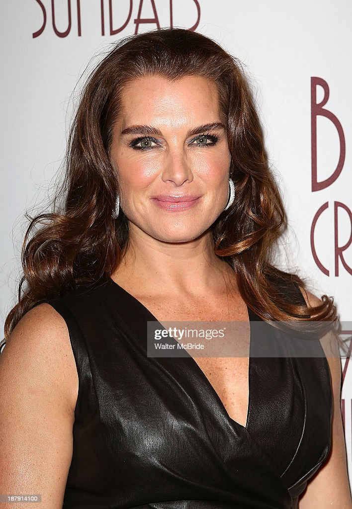 <a gi-track='captionPersonalityLinkClicked' href=/galleries/search?phrase=Brooke+Shields&family=editorial&specificpeople=202197 ng-click='$event.stopPropagation()'>Brooke Shields</a> attends the 'Billy Crystal - 700 Sundays' Broadway Opening Night Performance at the Imperial Theatre on November 13, 2013 in New York City.