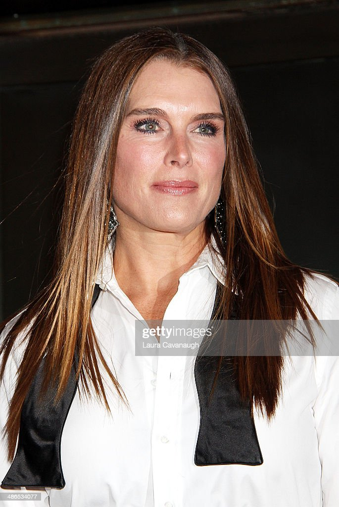 <a gi-track='captionPersonalityLinkClicked' href=/galleries/search?phrase=Brooke+Shields&family=editorial&specificpeople=202197 ng-click='$event.stopPropagation()'>Brooke Shields</a> attends the Broadway opening night of 'Cabaret' at Studio 54 on April 24, 2014 in New York City.