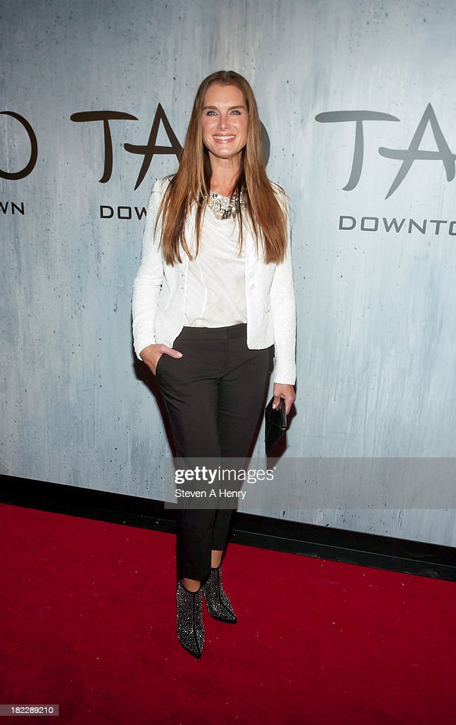 <a gi-track='captionPersonalityLinkClicked' href=/galleries/search?phrase=Brooke+Shields&family=editorial&specificpeople=202197 ng-click='$event.stopPropagation()'>Brooke Shields</a> attends the grand opening of TAO Downtown on September 28, 2013 in New York City.
