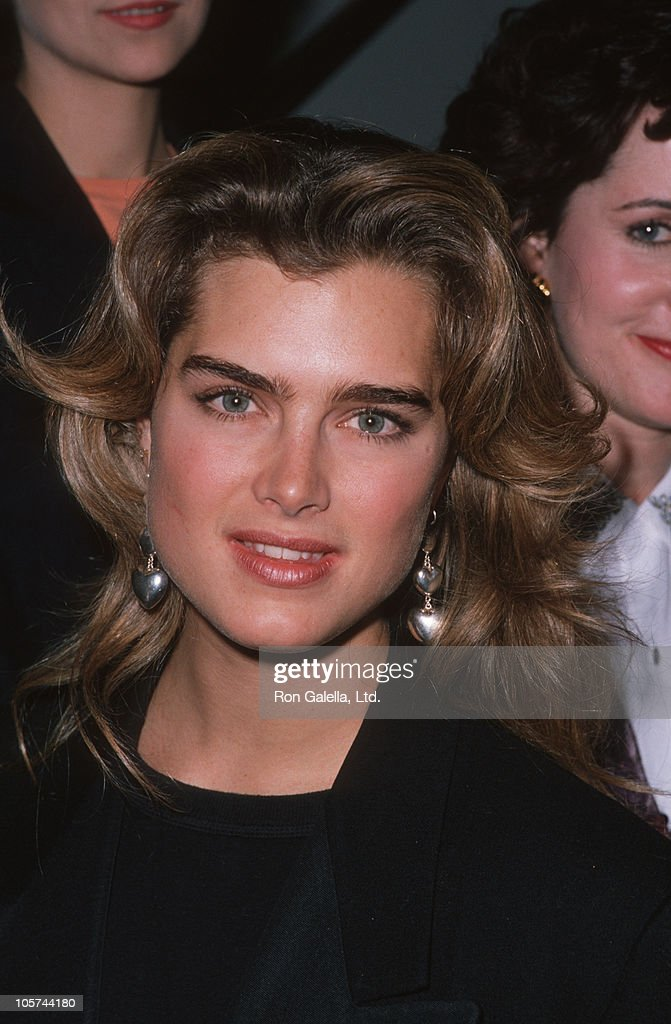 brooke-shields-during-uncommon-woman-others-february-14-1990-at-hall-picture-id105744180