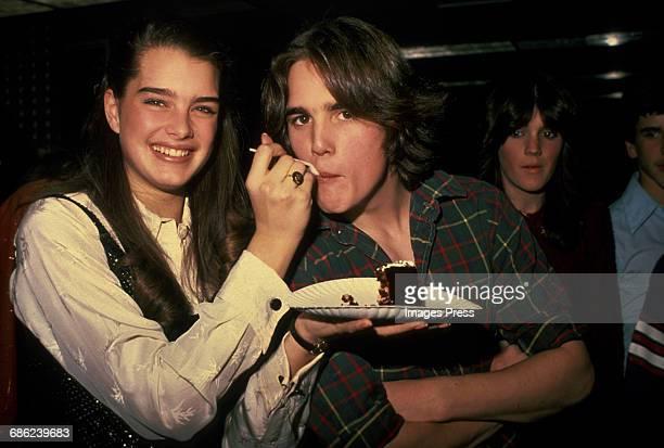 Brooke Shields feeds cake to Matt Dillon circa 1980 in New York City