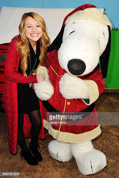 Brooke Sorenson attends Knott's Merry Farm Countdown to Christmas Tree Lighting at Knott's Berry Farm on December 5 2015 in Buena Park California