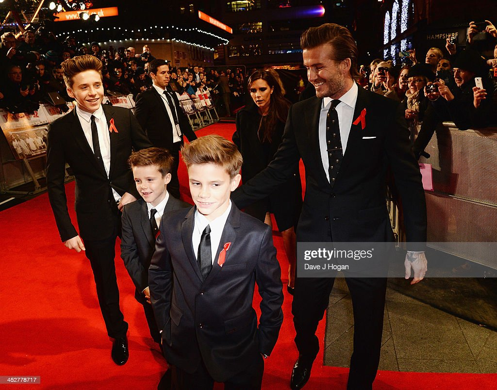 <a gi-track='captionPersonalityLinkClicked' href=/galleries/search?phrase=Brooklyn+Beckham&family=editorial&specificpeople=214623 ng-click='$event.stopPropagation()'>Brooklyn Beckham</a>, <a gi-track='captionPersonalityLinkClicked' href=/galleries/search?phrase=Romeo+Beckham&family=editorial&specificpeople=171832 ng-click='$event.stopPropagation()'>Romeo Beckham</a>, <a gi-track='captionPersonalityLinkClicked' href=/galleries/search?phrase=Cruz+Beckham&family=editorial&specificpeople=4337497 ng-click='$event.stopPropagation()'>Cruz Beckham</a>, Victoria Beckham and <a gi-track='captionPersonalityLinkClicked' href=/galleries/search?phrase=David+Beckham&family=editorial&specificpeople=158480 ng-click='$event.stopPropagation()'>David Beckham</a> attend the World premiere of 'The Class of 92' at Odeon West End on December 1, 2013 in London, England.