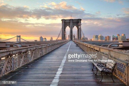 Brooklyn bridge at sunrise