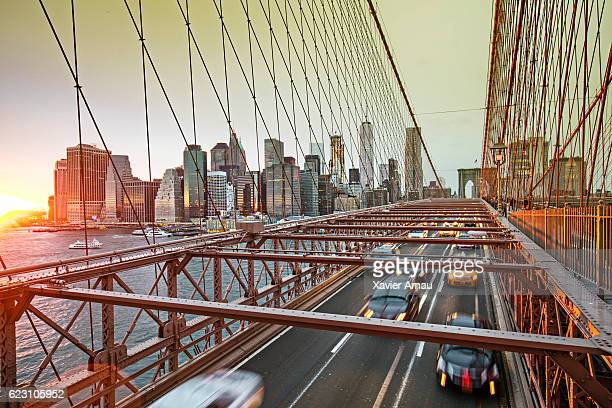 Brooklyn bridge with manhattan skyline, New York