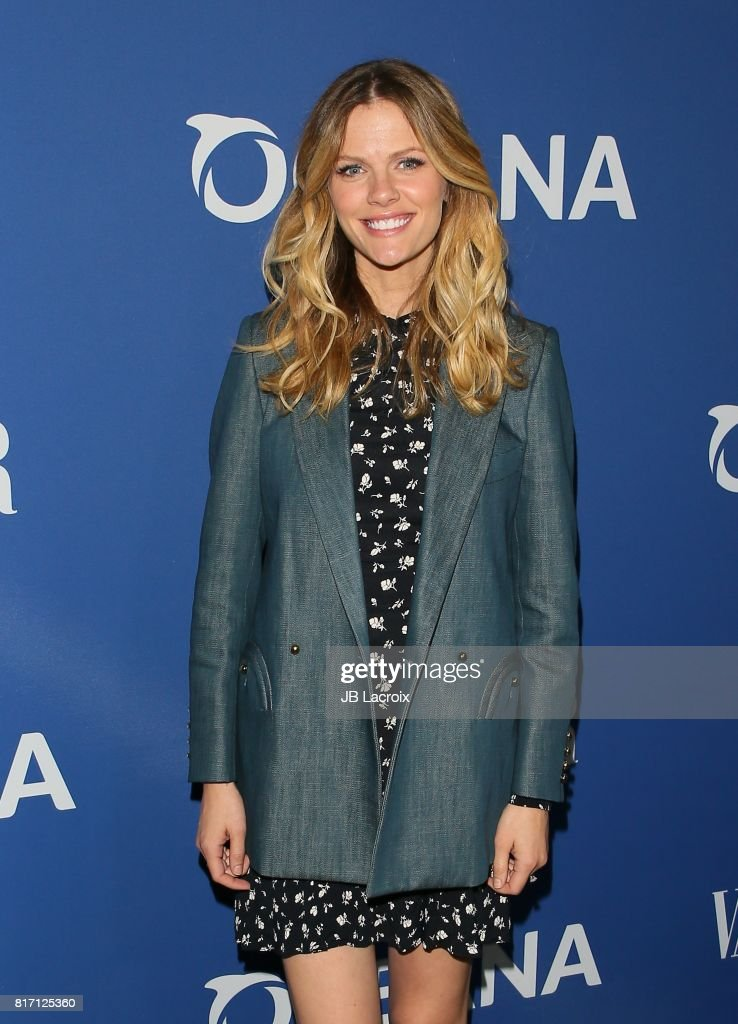 Brooklyn Decker attends Oceana and The Walden Woods Project present: Rock Under The Stars With Don Henley and Friends event on July 17, 2017 in Los Angeles, California.