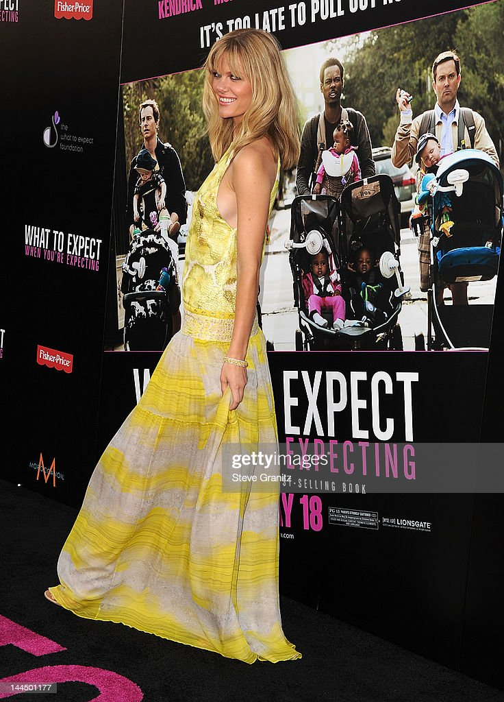 Brooklyn Decker attends the Los Angeles premiere of 'What To Expect When You're Expecting' at Grauman's Chinese Theatre on May 14, 2012 in Hollywood, California.