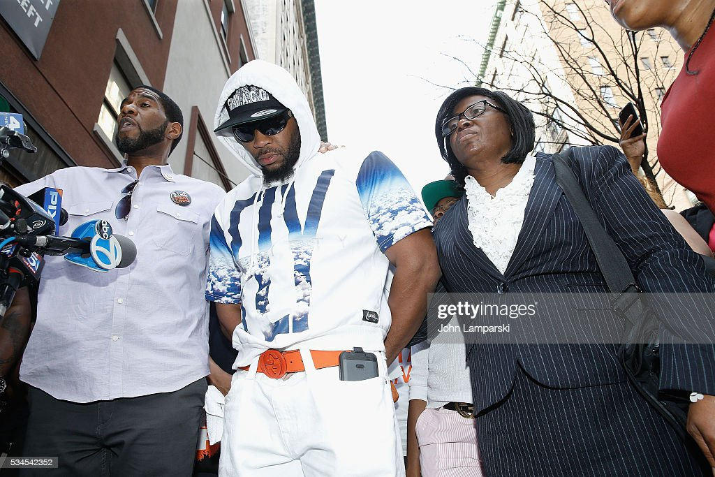 Brother of shooting victim Ronald McPhatter, Shanduke McPhatter and Rose McPhatter attend National Anti-Violence Community Press Conference at Irving Plaza with family of Ronald McPhatter, shooting victim at Irving Plaza on May 26, 2016 in New York City.
