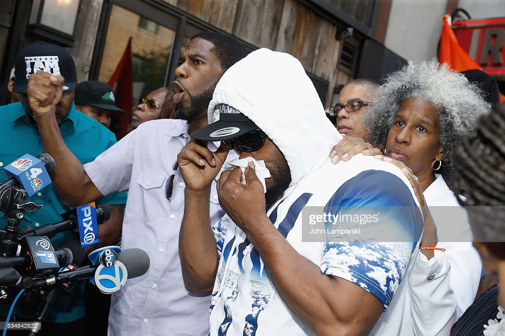 Brother of shooting victim Ronald McPhatter, Shanduke McPhatter attends National Anti-Violence Community Press Conference at Irving Plaza with family of Ronald McPhatter, shooting victim at Irving Plaza on May 26, 2016 in New York City.
