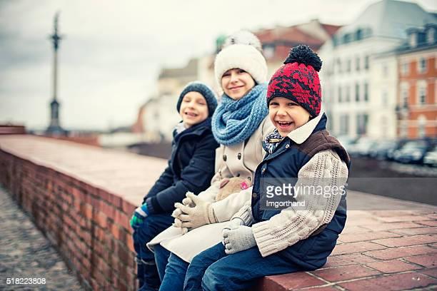 Hermanos y hermanas de visita en varsovia